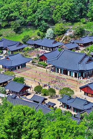 sonnggwangsa_temple_vert