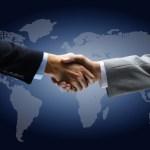 design-mash-shake-hands