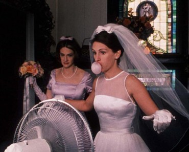 Bride Blowing Bubble Fan Underarms Funny Wedding Pictures Bad Wedding Photos Ugly Wedding Dresses Fail Horrible Awkward Family worst strange