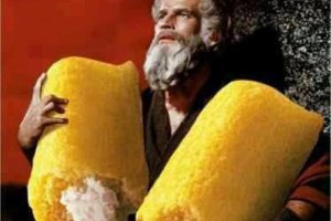 Funny Pics~ Moses coming down the mountain with twinkles