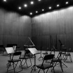 Detalle do escenario coa concha acústica montada