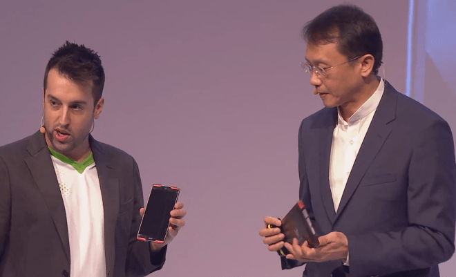 first smartphone with deca-core chipset