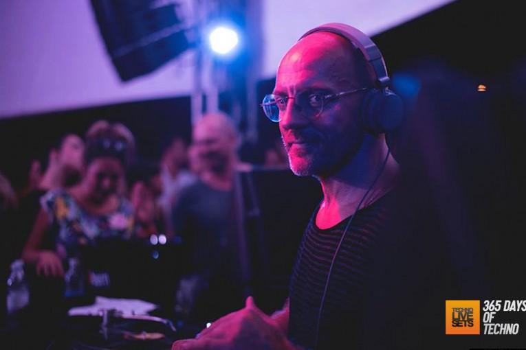 Sven Vath – Il Muretto Jesolo (Italy) – 15-08-2015 – @svenvaeth