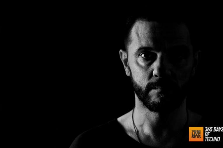Ferhat Albayrak presenta Oscar Mulero – Jeton Records Radio Show 052 – 02-09-2015 – @jetonrecords
