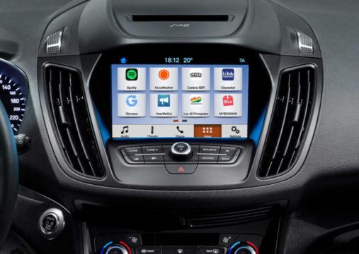 Android Auto e Apple CarPlay debuttano sulle Ford