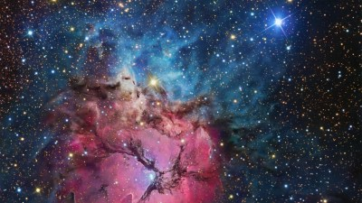 50 HD Space Wallpapers/Backgrounds For Free Download