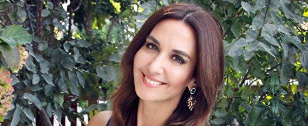 Ayşe Tolga, İyilik Sende'yi Telefon Kütüphanesi için seslendirdi