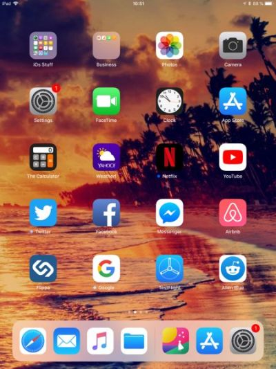 How to Stop Wallpaper from Moving on Your iPhone Screen | Techosaurus Rex