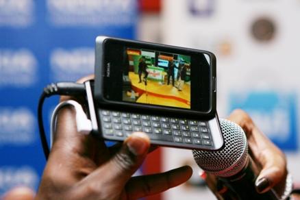 Nokia E 7 Streams TV