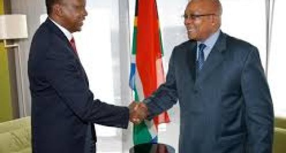 Kenya's President Uhuru Kenyatta and South African President Jacob Zuma