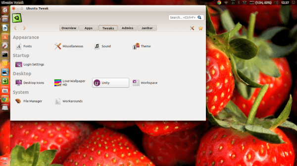 Ubuntu Tweak showing the Tweaks tab.