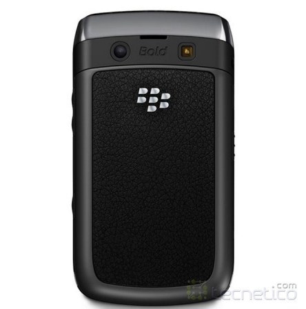 Diseo posterior de Blackberry Bold 9700 que se parece al de Galaxy S Blaze 4G