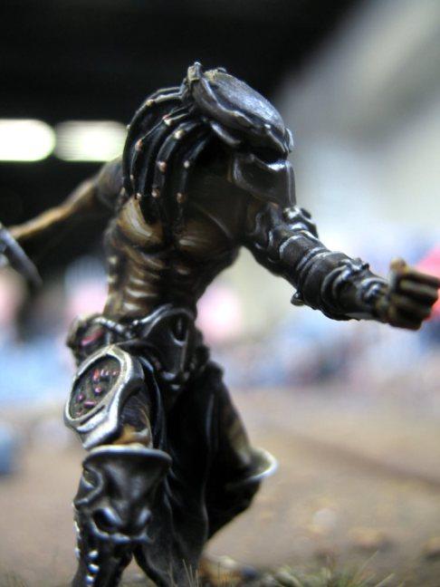 Das erste bemalte Alien vs Predator Modell wirkt äußerst dynamischDas erste bemalte Alien vs Predator Modell wirkt äußerst dynamisch