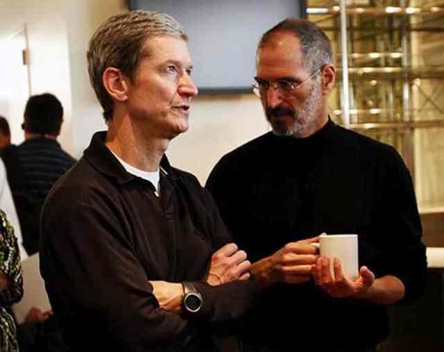 Tim Cook e Steve Jobs