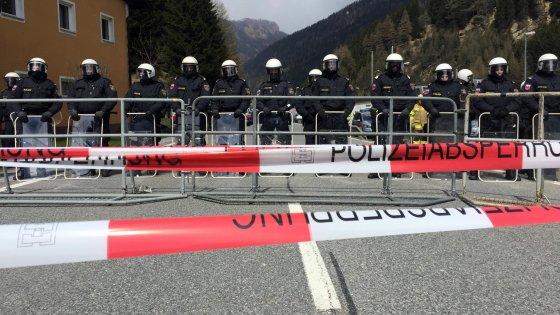 """Barriera al Brennero, ecco come sarà. Renzi: """"Una sfacciata violazione delle regole Ue"""""""