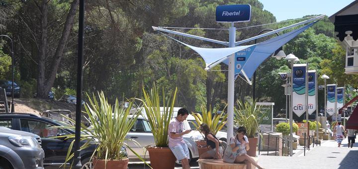 Tótem Wi-Fi de Fibertel. Imagen: Fibertel