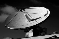 Antena para DTH. Imagen: Flickr/ Metropolico.org