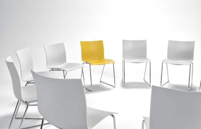TeleSintese-Cadeiras-Posicao-Lugar-roda-circulo-assento-marcado-escolhido-selecionado-reuniao-Fotolia_140362286