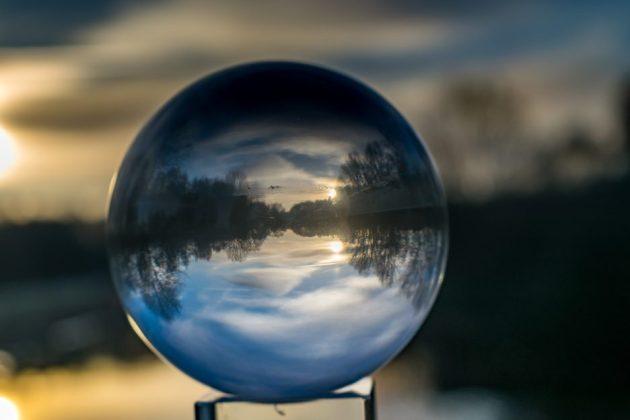 bola-de-cristal-futuro-previsao