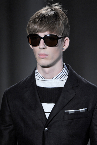 Alexander_Mc_Queen_2012_mens_hairstyle_trends_www_izandrew_blogspot_com_izandrew