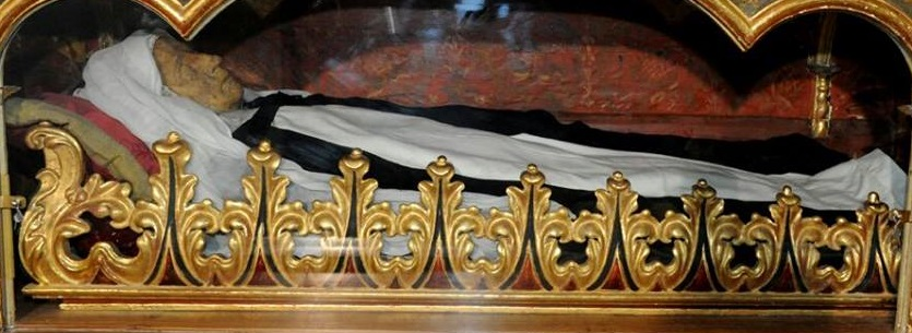 Cuerpo de la Siervita de Dios en el Convento de Santa Catalina de Siena