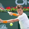 Top men still winning, Nishikori to face Tsonga in classic match
