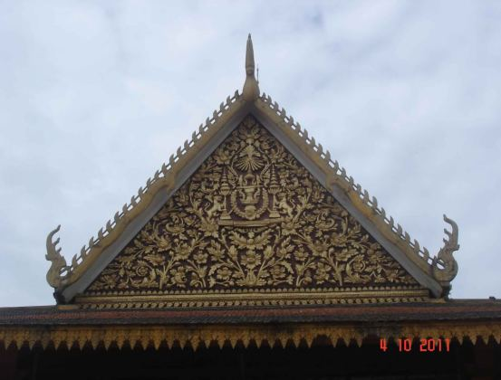 Gilded-Roof-detail-Phochani Pavilion Royal Palace Complex Cambodia 2011