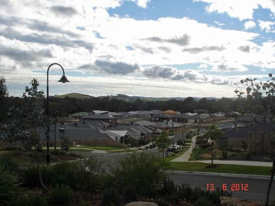 Laurimar-view-over-suburb-to green farmland and purple hills