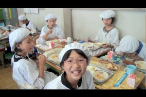 This Is What Japanese Kids Do During School Lunch - TexasNepal News