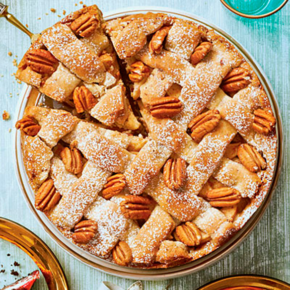 Cranberry-Apple-Pie-with-Pecan-Shortbread-Crust