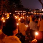 Mass candle-lighting ceremony marks King's 85th birthday