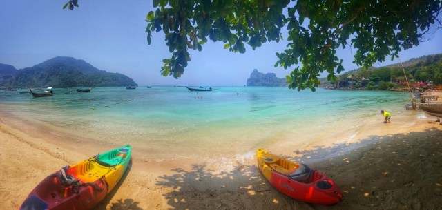 Loh Dalum Bay beach in thailand