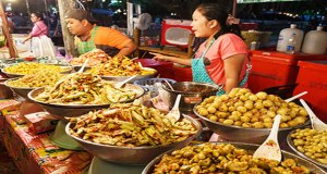 street-food-in-phuket-front