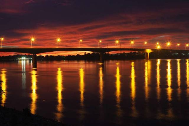 The Thai-Laos Friendship Bridge Image