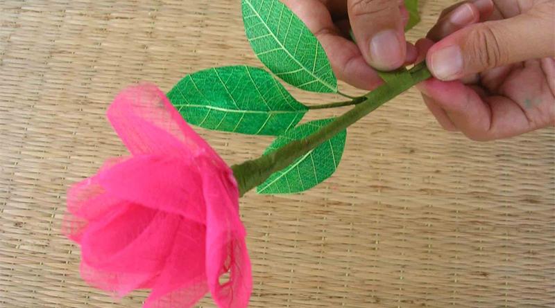 การทำดอกไม้ประดิษฐ์ใบมะม่วง