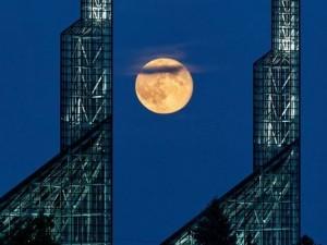 ظاهرة القمر العملاق، ثقف نفسك 11