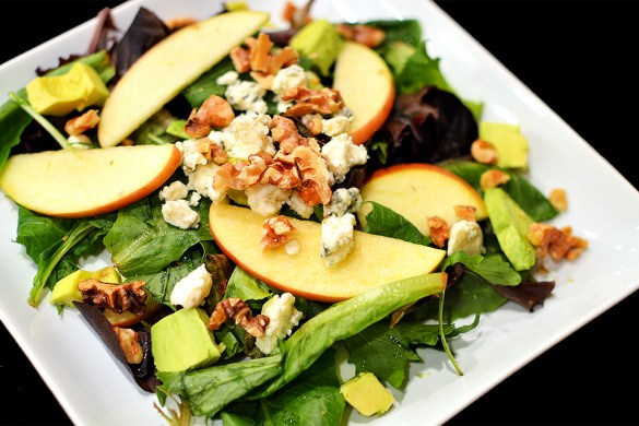 Mixed Green Salad with Blue Cheese Dressing | That Square Plate