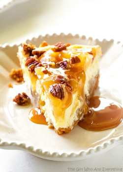 Preferential Caramel Apple Cheesecake Girl Who Ate Everything Apple Pie Cheesecake Food Network Apple Pie Cheesecake Bars