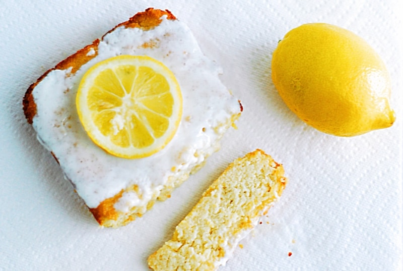 Low Carb Lemon Cake - Tangy, zangy and juicy healthy, low carb lemon cake recipe.