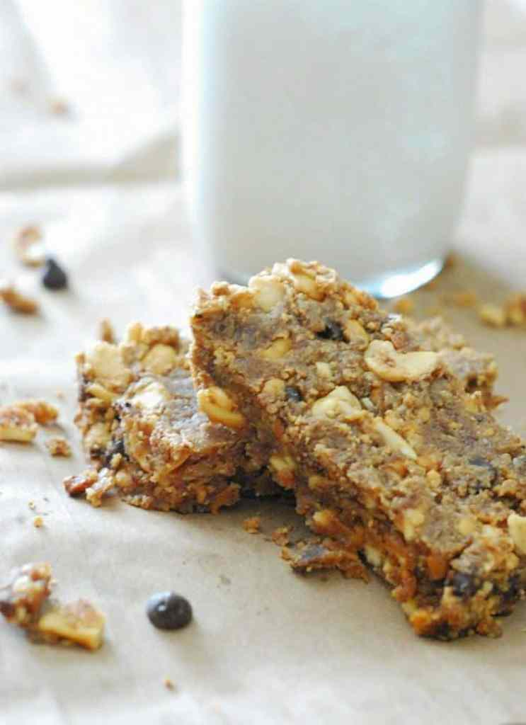 Peanut Butter Breakfast Bars - perfect low carb grab and go breakfast!