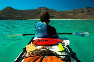 Kayaking Espiritu Santo Island