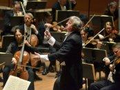 Maestro Thomas Crawford conducting the American Symphony Orchestra (Photo credit: Bill Neumann)