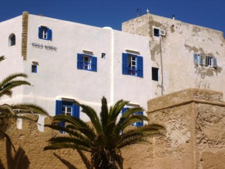 Es Villa Maroc blue sky