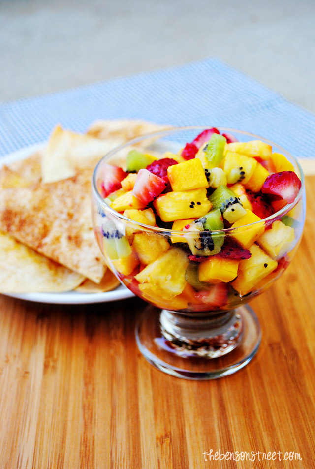Fresh Fruit Salsa with Cinnamon Chips at thebensonstreet.com