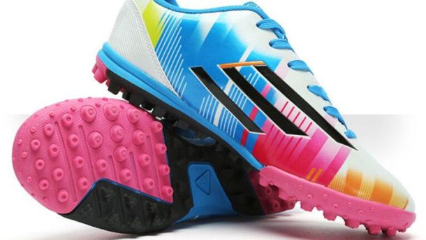 Do Soccer Shoes Come In Wide Sizes