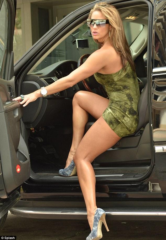 Jennifer Nicole Lee-sexy-dress