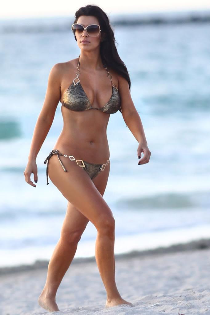 Kim-Kardashian-Bikini-Sexy-Bikini-Photos