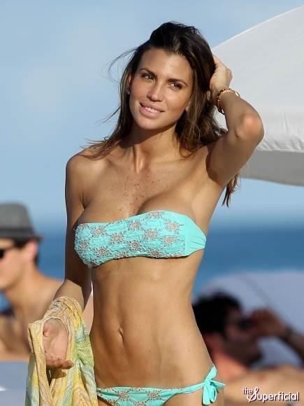 Claudia Galanti-Twist-Thong-Bikini