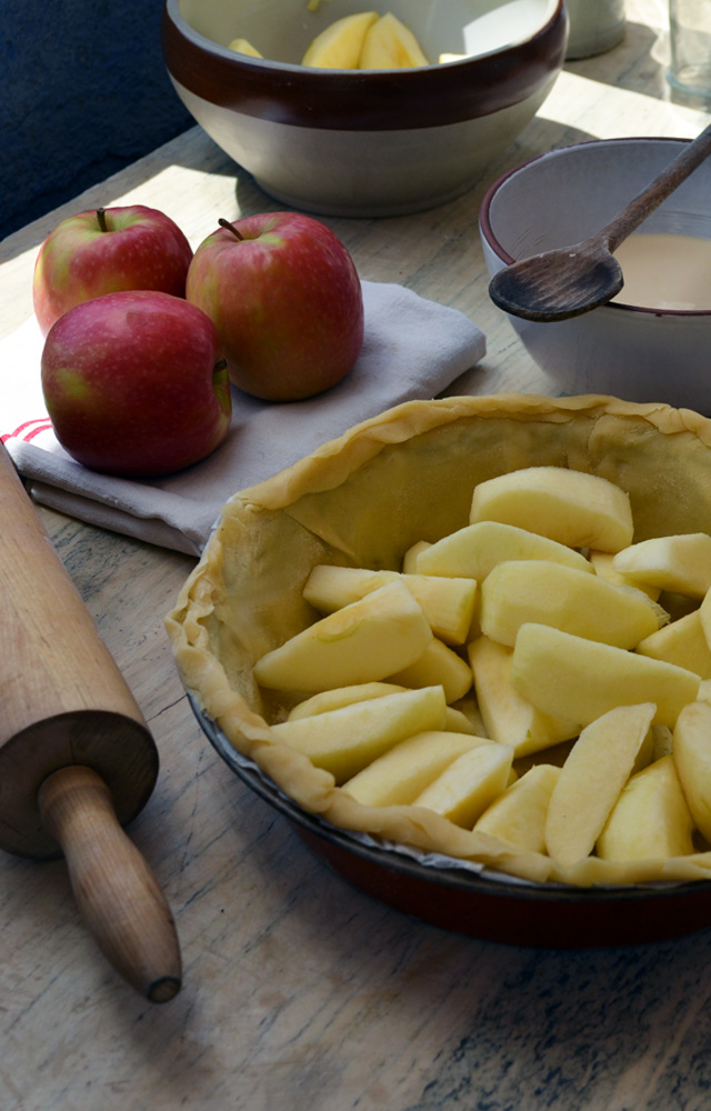 Normand-Apple-Caramel-Pomme-Tarte-Pie-0-Spinach-Epinard-Oeuf-Egg-Pizza-fondant-mini-chocolate-cake-Muffin-crumble3-fraise-pomme-cannelle-strawberry-cinnamon-apple-031felipe-terrazzan-the-blind-taste-food-blog-gourmand-cuisine-culinary-recette-recipe-guide-restaurant-paris-new-york-sao-paulo-fooding-receitas-gastronomia-cozinha-delicious-easy-tasty-facile-candelaria-glass-paris-3-marais-restaurant-tacos-tapas-mexicain7-sake-sakerinha-cocktail-fraise-basilic-basilc-strawberry-bruschetta-grapes-raisins-chèvre-noix-walnuts-bruschetta 1-tarte-caramel-poires-caramelises-caramelized-pears-chocolate-dark-white-raspberry-1