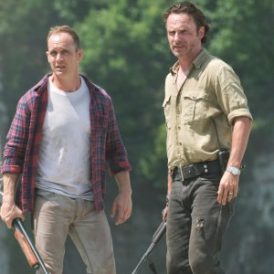 featurewalkingdeadseason6